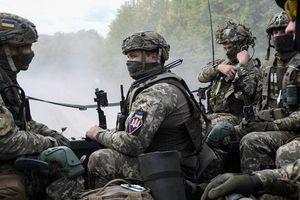 Quân đội Ukraina chuyển tình trạng sẵn sàng chiến đấu sau khi yêu cầu Nga trả tàu chiến