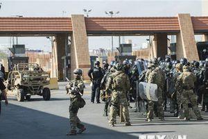 Mỹ ngừng mọi hoạt động tại cửa khẩu San Ysidro với Mexico