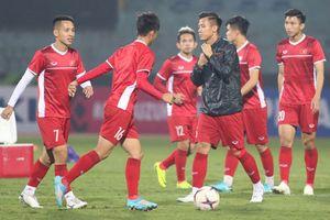 Bão số 9 khiến ĐT Việt Nam hủy kế hoạch trước bán kết AFF Cup 2018