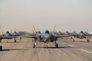 35 máy bay tàng hình Mỹ phô diễn sức mạnh