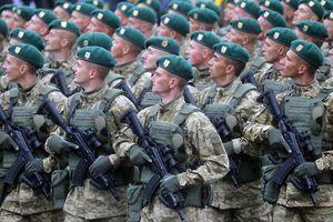 Tin nóng: Tổng thống Ucraine ký sắc lệnh thiết quân luật