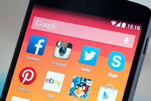 Facebook: Tác nhân khiến iPhone chạy chậm
