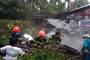 Hỏa hoạn thiêu rụi 2 căn nhà ở TP. Long Xuyên