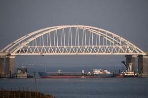 Vì sao Nga bắt giữ 3 tàu quân sự của Ukraine trên Biển Đen?