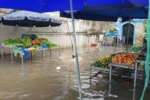 Giá thực phẩm tại TPHCM 'nhảy vọt' sau bão số 9