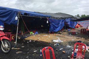 80 con bạc đến từ nhiều tỉnh thành dựng lều ở khu đất trống, sát phạt nhau suốt nhiều ngày liền