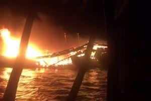 Cháy tàu cá trong đêm, thiệt hại gần 10 tỷ đồng