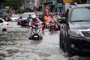 Trận mưa kỷ lục ở Sài Gòn và những yếu kém triền miên về hạ tầng