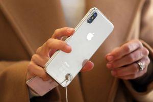 Giá bán iPhone sắp tăng mạnh vì chính sách thuế của Mỹ