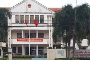 Sóc Trăng: Chủ tịch huyện bị kỷ luật vì không có bằng đại học