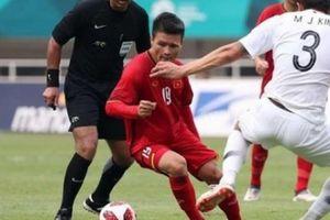 Vì sao cầu thủ chân trái như Quang Hải cực khó để bắt bài?