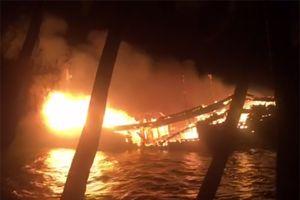Cháy tàu cá gần 10 tỷ đồng của ngư dân Quảng Nam