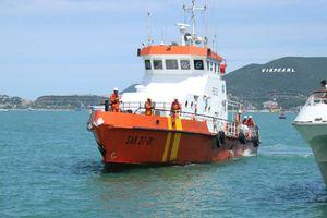 Cứu nạn thành công 8 thuyền viên tàu HẢI MINH 36 tại vịnh Vân Phong