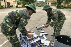 Đồn Biên phòng cửa khẩu cảng An Thới thu giữ hơn 1.200 gói thuốc lá lậu