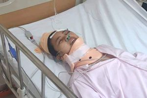 Một gia đình nghèo tang thương vì TNGT: Chồng, con lớn mất, vợ và con nhỏ nằm viện