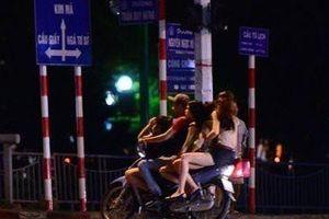 Bản tin 20H: Lí do phố Trần Duy Hưng 'không có biểu hiện mại dâm'