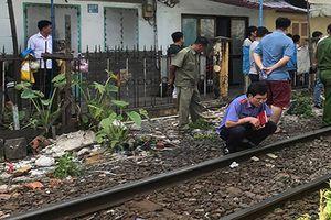 Người đàn ông bị tàu tông tử vong khi chui qua hàng rào đường sắt