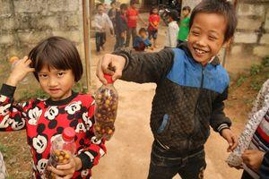 Những đứa trẻ đi học vui hơn ở nhà
