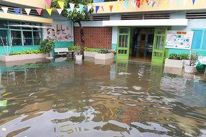 Sau bão Usagi, một số trường tiếp tục cho học sinh nghỉ học