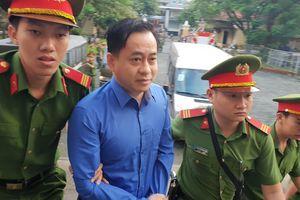 Xét xử đại án Ngân hàng Đông Á: Lời khai bất ngờ của Phan Văn Anh Vũ