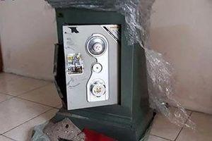 Trộm đột nhập phá két sắt lấy gần 2 tỷ đồng của nữ đại gia
