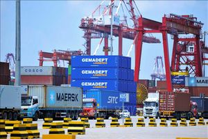 Tổng thống Mỹ dọa tiếp tục tăng thuế với hàng hóa Trung Quốc
