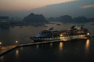 Cảng hành khách quốc tế Hạ Long đón tàu du lịch 5 sao