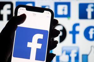 Tá hóa vì hàng loạt tin nhắn Facebook cũ bỗng nhiên hiện ra