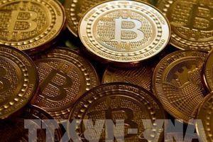 Tiền ảo bitcoin 'rơi tự do' xuống ngưỡng 3.500 USD