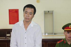 Gã đàn ông biến thái hiếp dâm 2 con gái ruột bị tuyên 19 năm tù