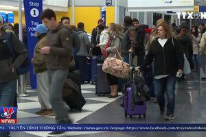 Mỹ hủy 1.240 chuyến bay vì bão tuyết