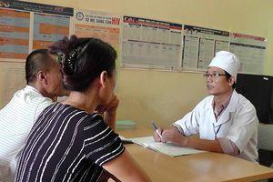 Xem xét trách nhiệm người đứng đầu nếu để gia tăng người nhiễm HIV