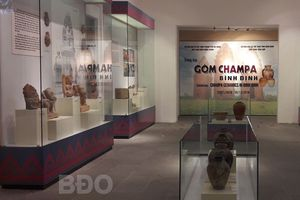 Trưng bày gốm Champa Bình Định