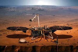 Tàu NASA 'vượt 7 phút kinh hoàng' hạ cánh thành công xuống sao Hỏa, gửi về hình ảnh đầu tiên