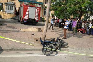 Lao lên vỉa hè, xe cứu hỏa gây tai nạn chết người