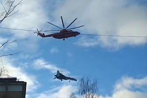Video 'bá đạo' trực thăng Nga vận chuyển Su-27