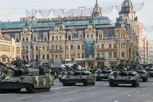 Nga-Ukraine trước nguy cơ trận chiến xe tăng lớn nhất lịch sử