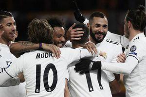 Clip: Thắng dễ Roma 2-0, Real đoạt ngôi đầu bảng G
