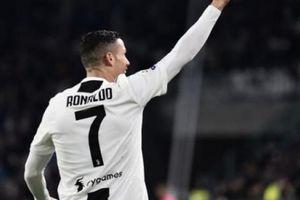 Giúp Juve chiến thắng, Ronaldo lập siêu kỷ lục ở Champions League