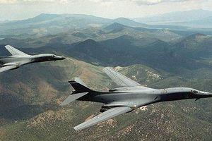 Máy bay Mỹ tạm ngừng bay trên không phận Hàn Quốc