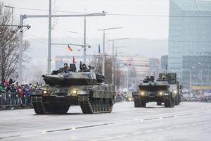 Choáng váng 'bộ mặt mới' quân đội Lithuanian: Vũ khí Nga mất tích