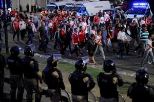 Lo ngại bạo lực, chung kết lượt về Copa Libertadores 2018 không diễn ra ở Argentina