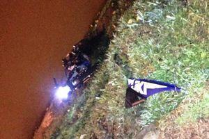 Tông vào trụ đèn bên hồ Xuân Hương, một thanh niên tử vong tại chỗ