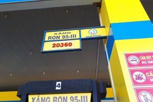 Giá xăng đáng lẽ phải giảm mạnh hơn nhưng bộ đã tính kiểu khác