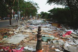 Xóa sổ chợ tạm Ngã Tư Sở, đường Láng hóa 'nghĩa địa' rác