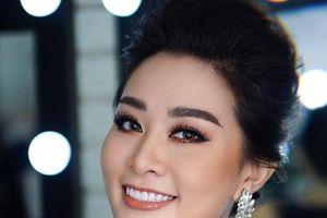 Nữ giảng viên ĐH Vinh lọt vào bán kết Người mẫu Quý bà 2018