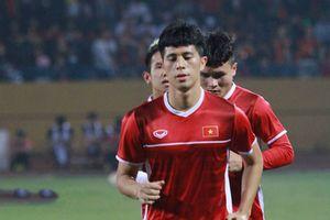 Fox Sports: Đình Trọng là một trong 5 hậu vệ hay nhất AFF Cup 2018
