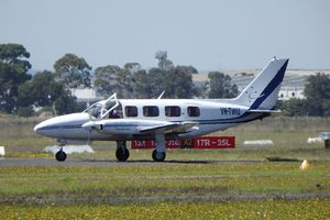 Australia điều tra phi công ngủ quên, bay quá điểm hạ cánh