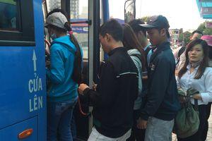 Phát động chống quấy rối tình dục phụ nữ, trẻ em trên xe buýt