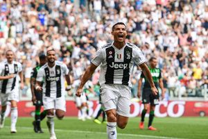 CR7 có thêm cột mốc đáng nể ở Champions League